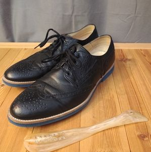 Barneys New York Shoes - Barney's New York Navy Wingtip Leather Oxfords 12